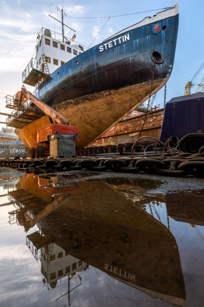 Eisbrecher Stettin in der Norder Werft in Hamburg
